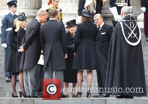 Hm Queen Elizabeth, Duke Of Edinburgh, Mark Thatcher, Sarah Jane Russell, Michael Thatcher, Amanda Thatcher and Queen Elizabeth Ii 6