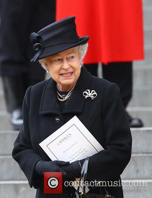 Hm Queen Elizabeth and Queen Elizabeth Ii 5