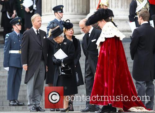 Hm Queen Elizabeth, Duke Of Edinburgh, Mark Thatcher and Carol Thatcher 9