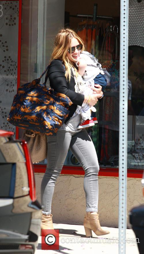 Hilary Duff and Son - Luca Cruz Comrie 7
