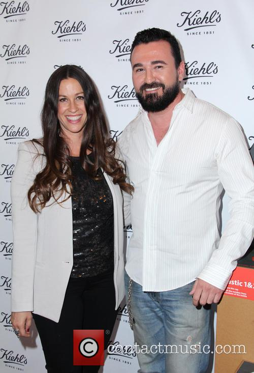 Alanis Morissette and Chris Salgardo 3