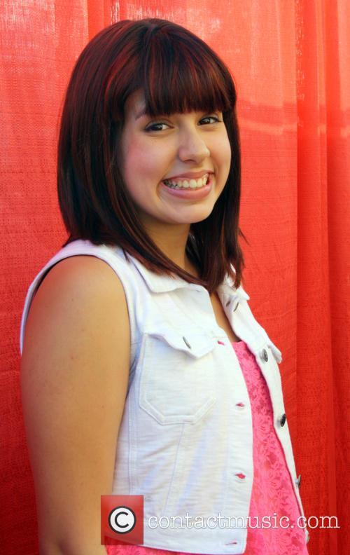 Lindsay Prescott 5