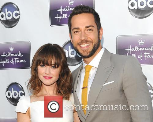 Alexis Bledel and Zachary Levi 2
