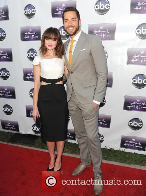 Alexis Bledel and Zachary Levi 8