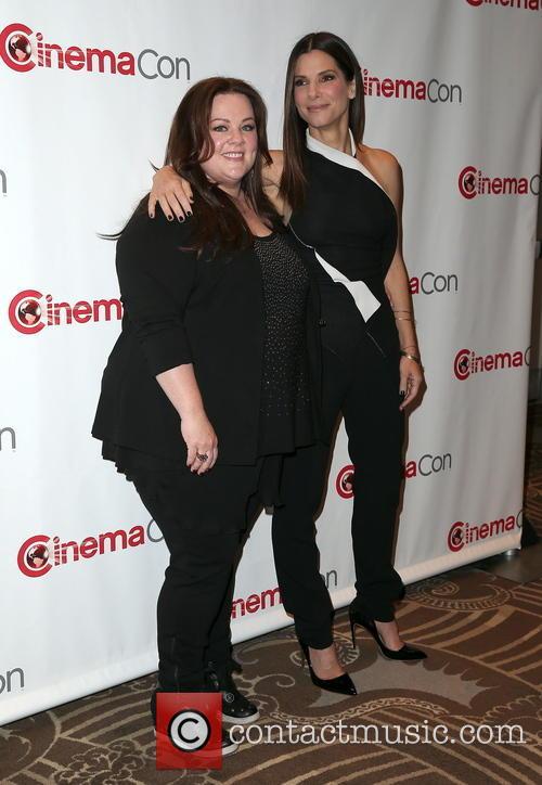 Melissa Mccarthy and Sandra Bullock 10