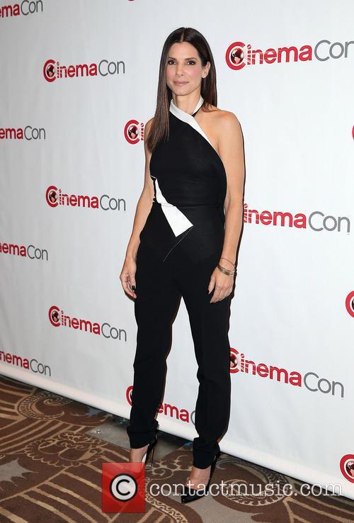 Sandra Bullock 13