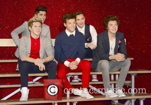 Niall Horan, Zayn Malik, Louis Tomlinson, Liam Payne and Harry Styles 6
