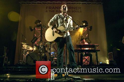 Frank Turner and the Sleeping Souls Glasgow show gets well under way