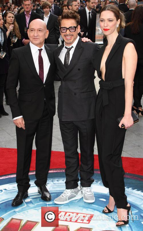 Sir Ben Kingsley, Robert Downey Jr and Rebecca Hall 9
