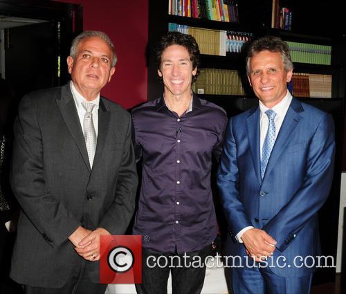 Joel Osteen, Tomas Regalado and Luigi Boria 4