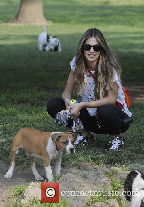 Melissa Satta Walking Her Dog In The Park