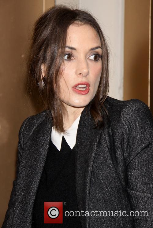 winona ryder broadway opening night of orphans arrivals 3614695