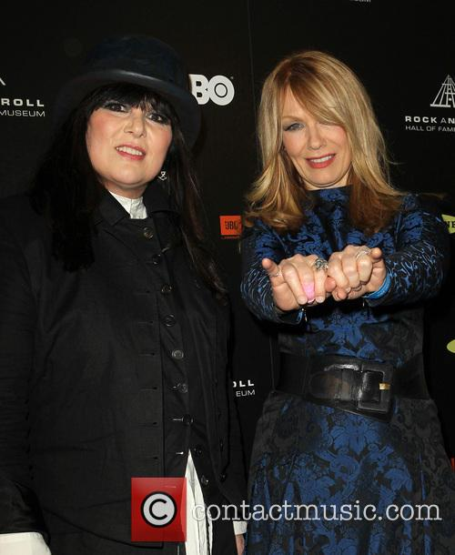 Ann Wilson and Nancy Wilson 5