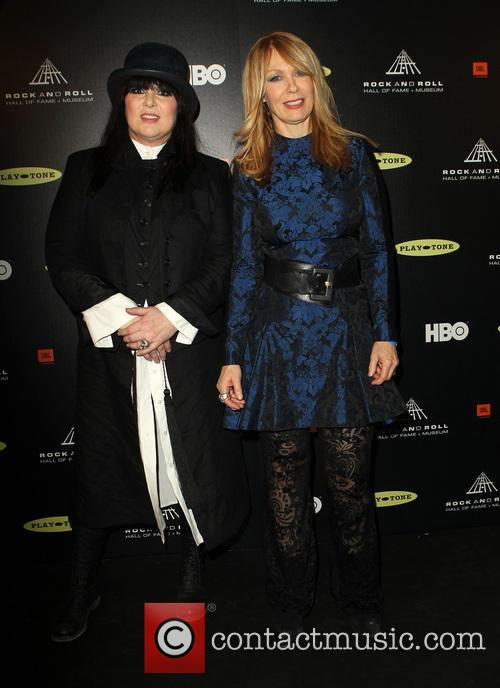 Ann Wilson and Nancy Wilson 1