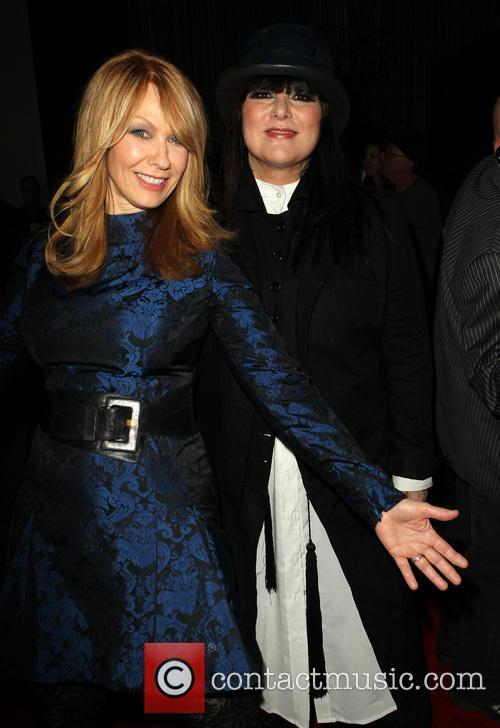 Heart, Nancy Wilson and Ann Wilson 3
