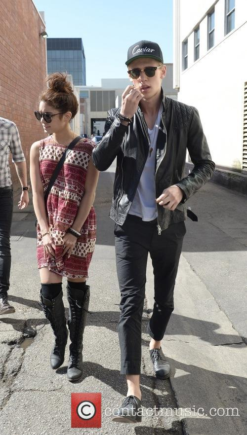 Vanessa Hudgens and Austin Butler 14