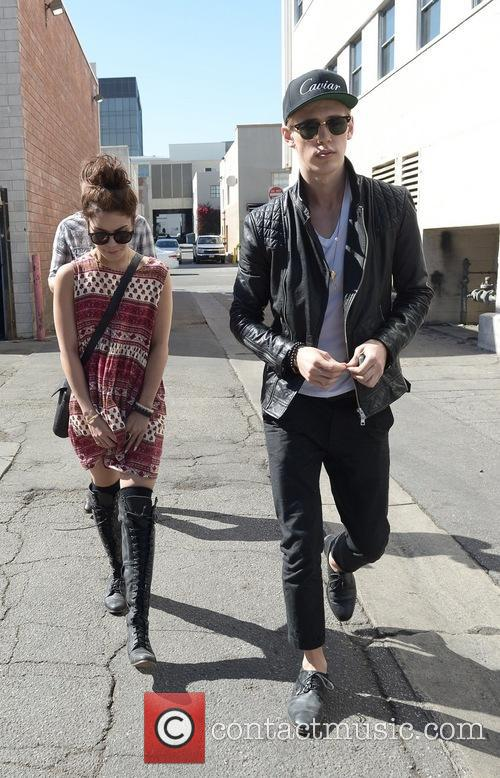 Vanessa Hudgens and Austin Butler 17