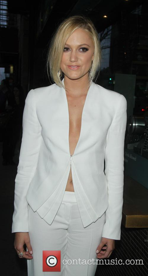 maika monroe at any price premiere 3616719