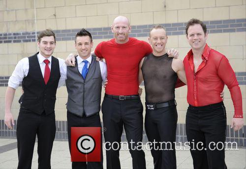 Matt Lapinskas, Guest, Gareth Thomas, Daniel Whiston and Kyran Bracken 6