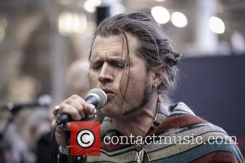 Jay Buchanan and Rival Sons 11