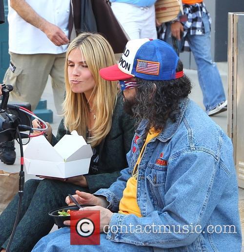 heidi klum judah friedlander heidi klum filming with 3617226