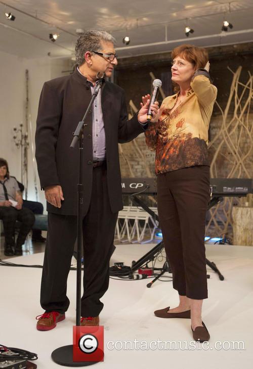 Deepak Chopra and Susan Sarandon 3