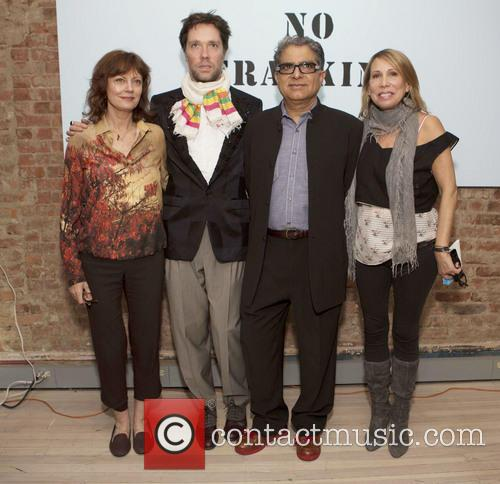Susan Sarandon, Rufus Wainwright, Deepak Chopra and Paulette Cole 3