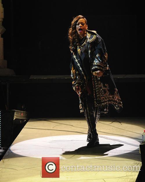 rihanna rihanna performs during her 2013 diamonds 3618352