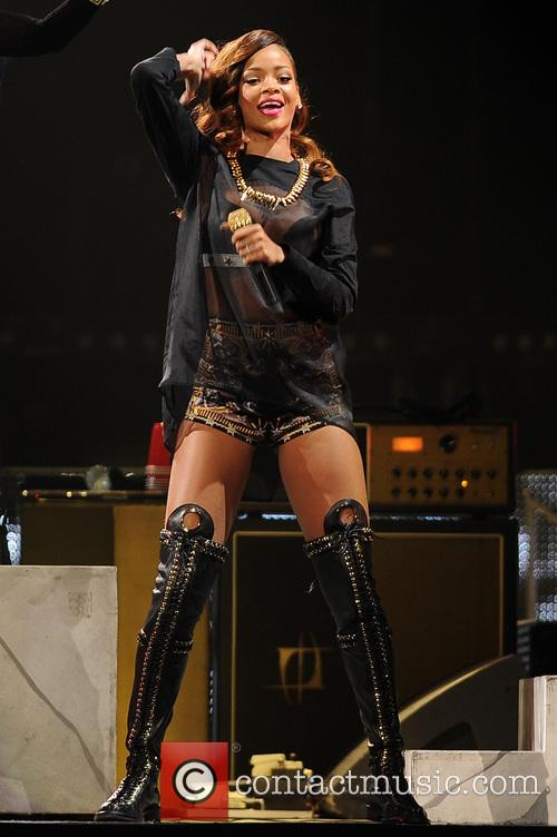 Rihanna 43