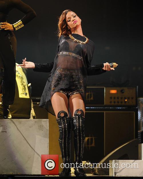Rihanna 56