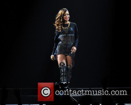 Rihanna 67