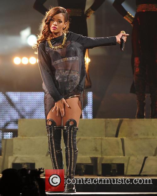 Rihanna 83