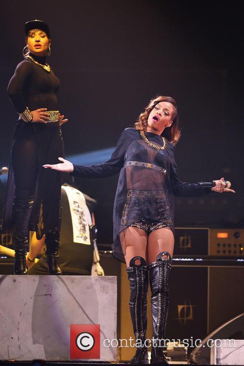Rihanna 105