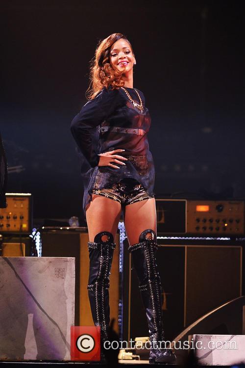 Rihanna 131