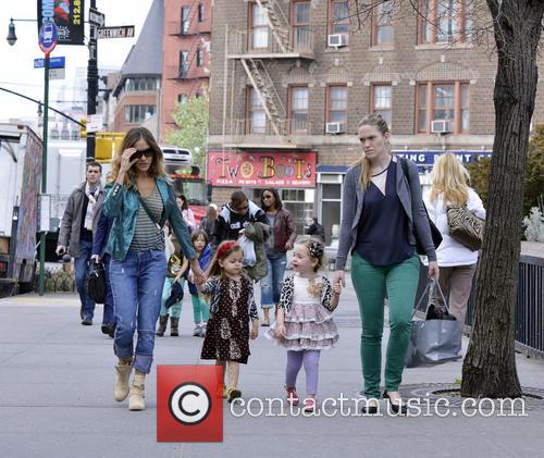 Sarah Jessica Parer walks her daughters to school