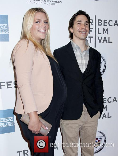 Busy Philipps and Justin Long 4