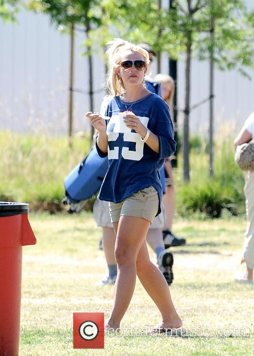 britney spears britney spears at her sons 3620001