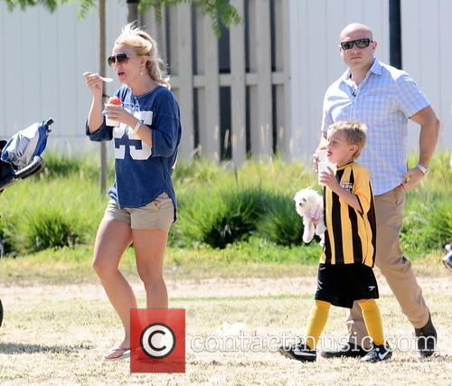 Britney Spears and Jayden James Federline 6