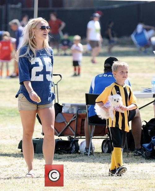 Britney Spears and Jayden James Federline 8