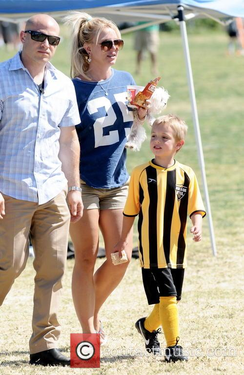 Britney Spears and Jayden James Federline 12