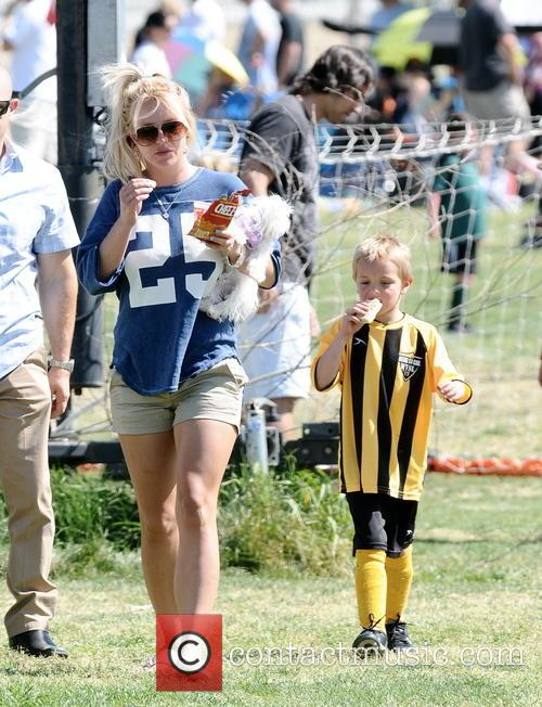 Britney Spears and Jayden James Federline 16