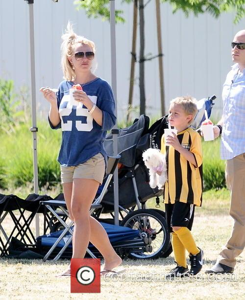 Britney Spears and Jayden James Federline 1