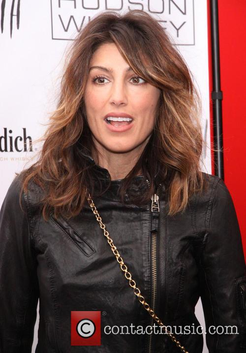 Jennifer Esposito 1