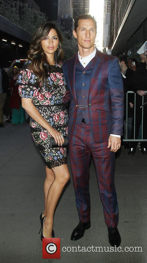 Camila Alves and Matthew Mcconaughey 1