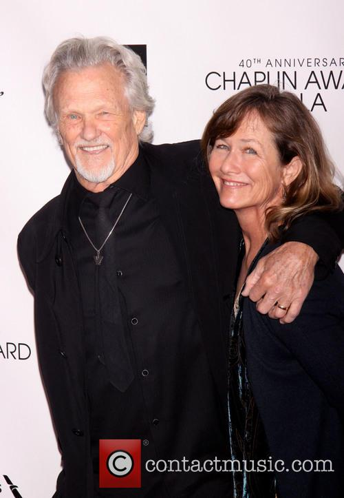 kris kristofferson lisa meyers kristofferson streisand honored with 3622961