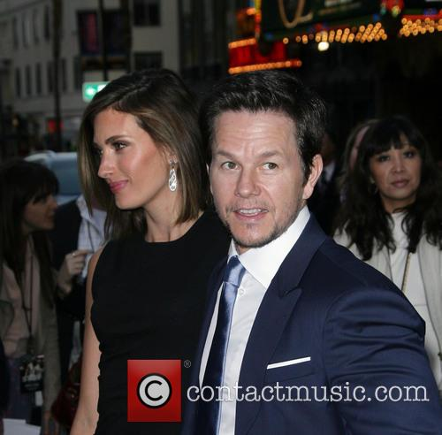 Rhea Durham and Mark Wahlberg 5