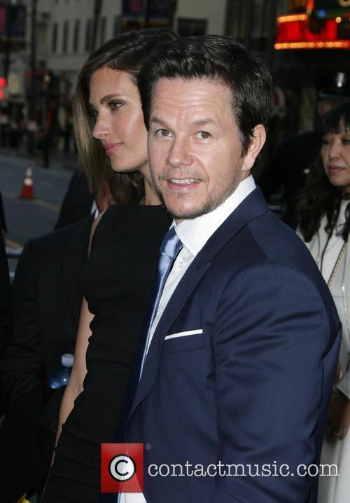 Rhea Durham and Mark Wahlberg 6
