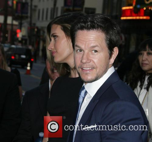 Rhea Durham and Mark Wahlberg 7