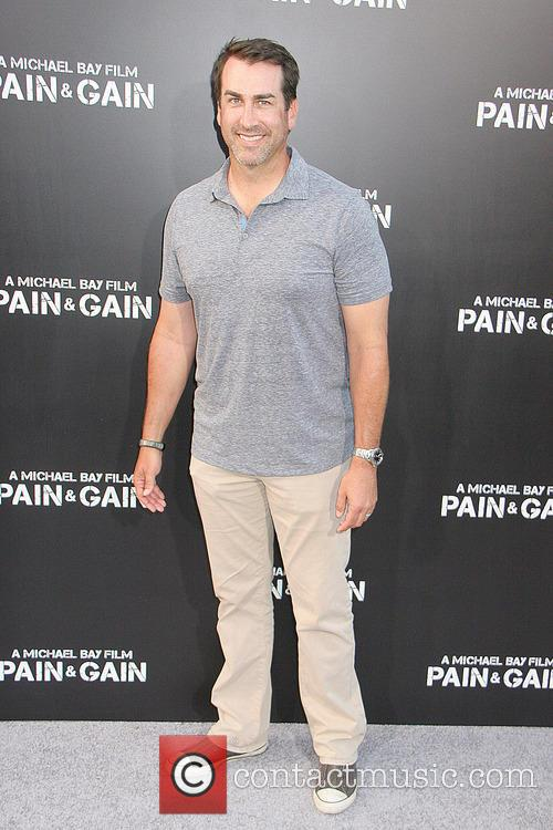 rob riggle los angeles premiere of pain 3623402