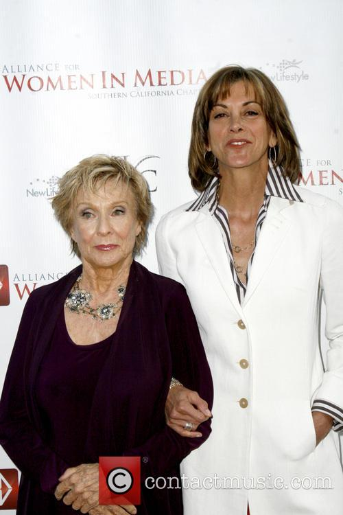 Cloris Leachman and Wendie Malick 1